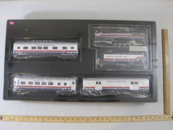 O Scale American Freedom Train Set including Proto 2.0 Locomotive 4449, Tender, Freight Car 201,