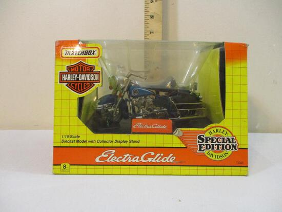 Matchbox Electra Glide Harley-Davidson Motorcycle Special Edition 1/15 Scale Diecast Model with