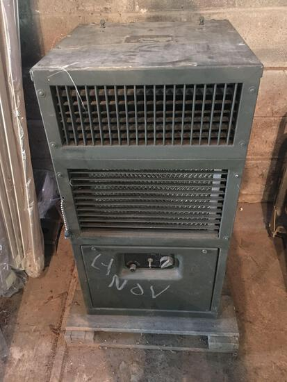 Air Conditioner Vertical Compact 9000 BTU/HR 208 Volts Three Phase 400 Cycle