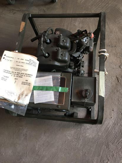 US Army Generator Gasoline Engine 1.5 KW 28 Volts DC MEP025A, engine restored and emptied with