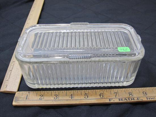 Covered Refrigerator Dish, Chipped Top see pictures for details