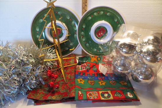 Christmas Lot - silver garland, 2 fabric squares card table size, 8 shatterproof silver balls (NIB),