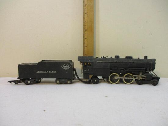 American Flyer Steam 4-4-2 Locomotive 302 with Reading Lines Tender, S Gauge, 3 lbs 2 oz