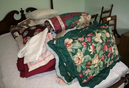 Bedding Lot
