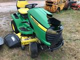 JOHN DEERE X320 RIDE ON LAWN MOWER