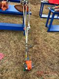 HUSQVARNA WEEDEATER, 2 CYCLE GAS ENGINE W/ HEDGE TRIMMER ATTATCHMENT