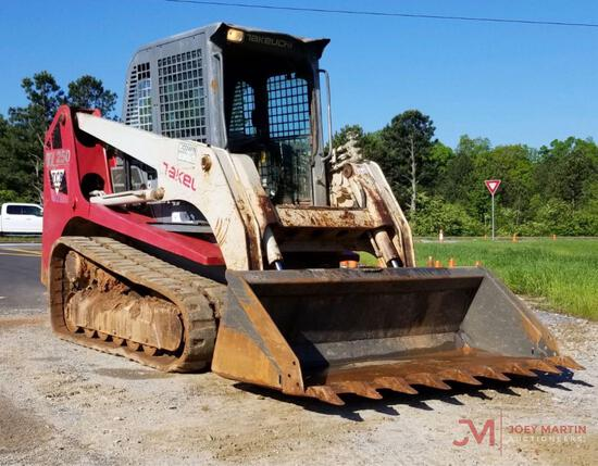 2012 TAKEUCHI TL250 MULTI TERRAIN LOADER