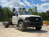 2006 FORD F550 XL S.D. CAB AND CHASSIS DUALLY