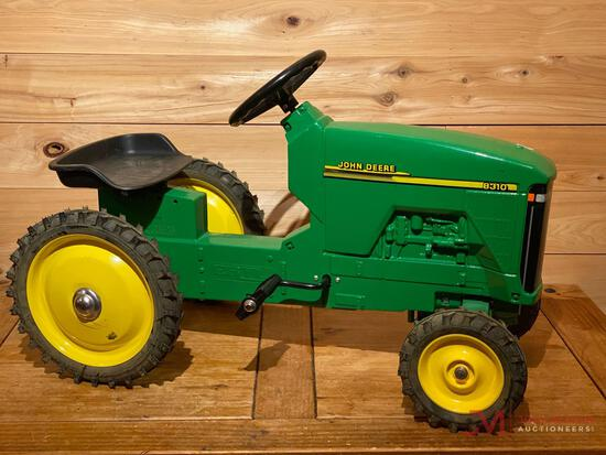 JOHN DEERE 8310 PEDAL TRACTOR (LEFT TIRE ROD FRAME IS BROKE)