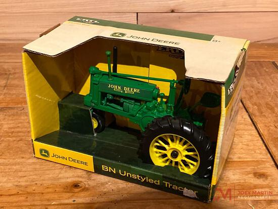 JOHN DEERE BN UNSTYLED TRACTOR (AGES 8+)