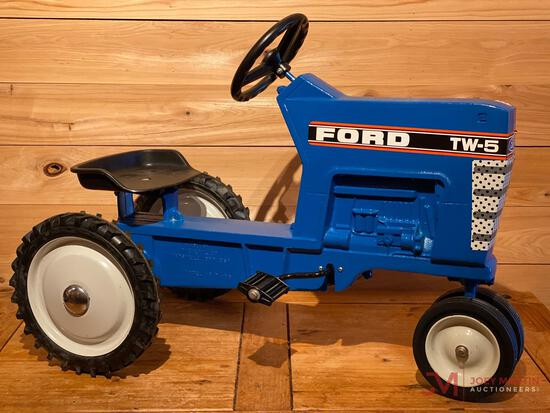 FORD TW-5 PEDAL TRACTOR, TRICYCLE
