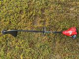 HOMELITE GAS POWERED CURVED SHAFT WEED-EATER