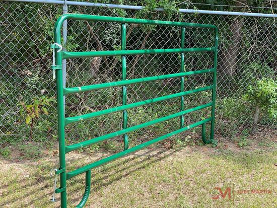 NEW 10? CORRAL PANEL, 6-BAR W/LEGS AND LATCHING PINS