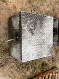 ALUMINUM TRUCK TOOL BOX
