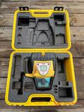 LEICA RUGBY 320 SG LASER WITH CASE