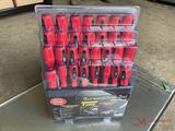 NEW 30 PC SCREW DRIVER SET WITH RACK