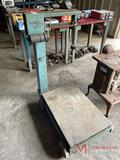 TRINER ROLLING SCALE WITH WEIGHTS
