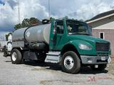 2011 FREIGHTLINER...BUSINESS CLASS M2 S/A TACK TRUCK
