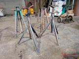 (2) PIPE STANDS