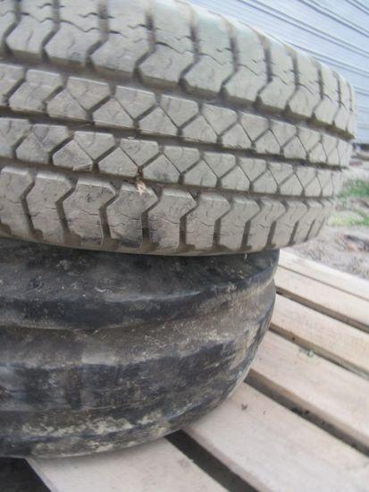 (4354) 1-- 265/75R16 Tire/Rim