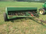 (5656) John Deere 8300 Grain Drill