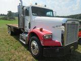 (5547) 1999 Freightliner Flat Bed