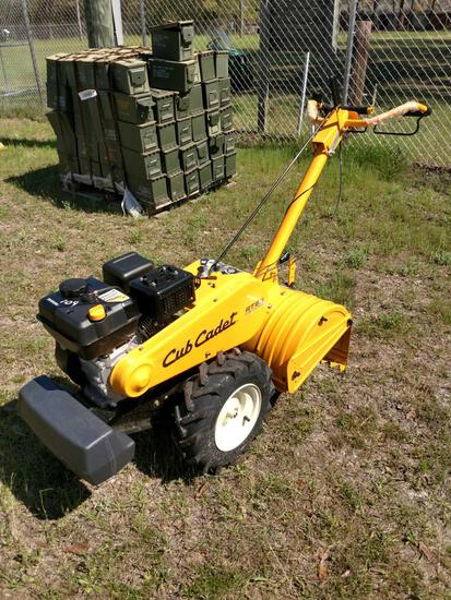 NEW CUB CADET RT65 18IN REAR TINE TILLER