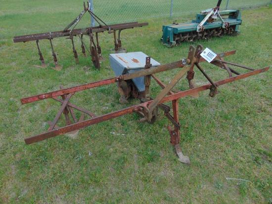 PITTSBURGH 2 ROW CULTIVATOR