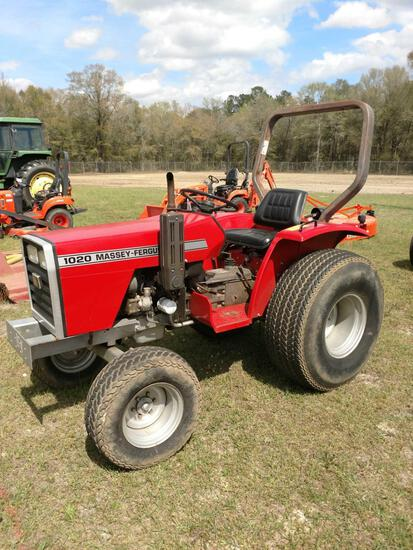 MF 1020 2WD TRACTOR