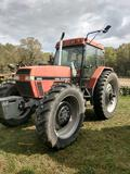 CASE INTERNATIONAL 5240 4WD CAB TRACTOR