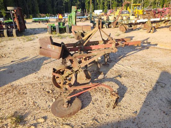 ABSOLUTE 2 ROW CULTIVATOR AND