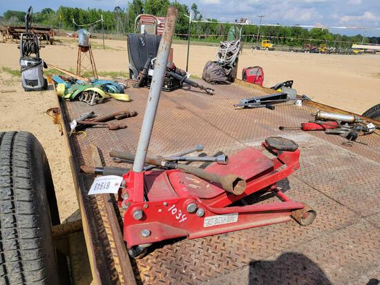 ABSOLUTE - FLOOR JACK & 4 WAY LUG WRENCHES