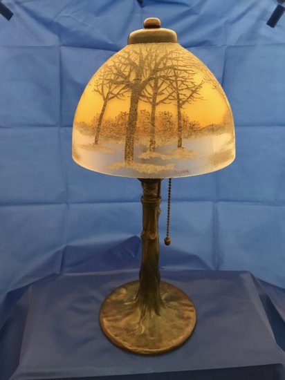 "HANDEL; ""Chipped Ice Shade"" boudoir lamp"