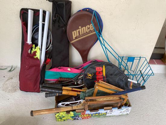 Vintage & non-vintage tennis rackets and gear, badminton set