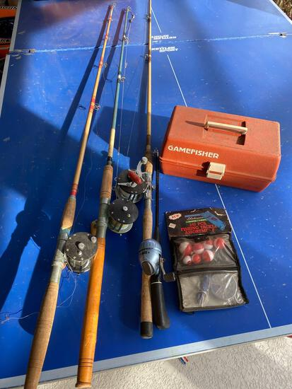 Penn 60 and (2) other saltwater rods, (1) freshwater rod with Durango reel and tackle box