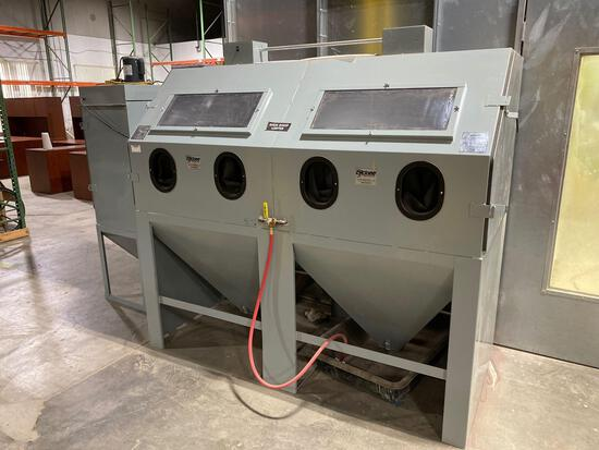 Cyclone Manufacturing DW 7335 (?) Large Abrasive Sand Blaster and Dust Collector