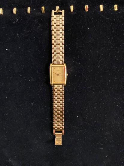 SEIKO gold-tone watch