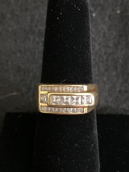 14K men's ring - 6 grams - *stones are not real*
