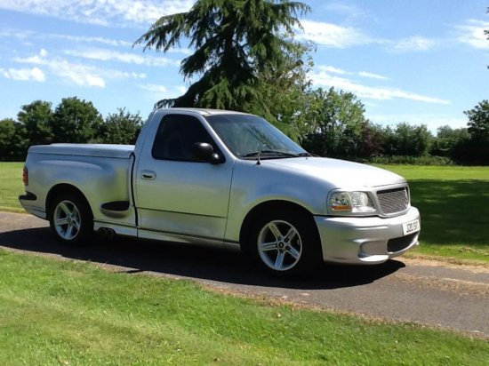 2000 Ford F-150 Lightning SVT Pickup
