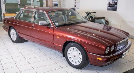 1995 Daimler Six (X300)