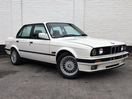 1989 BMW E30 325i SE