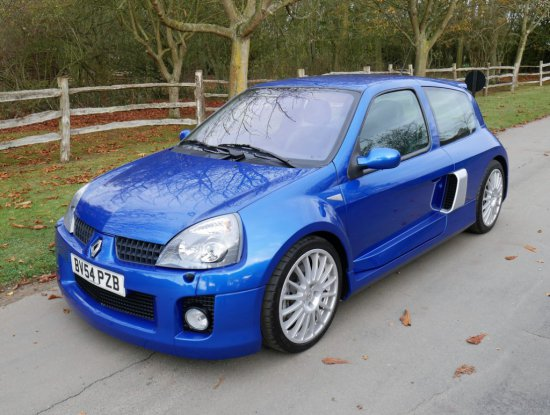 2004  Renault Clio Renaultsport V6 Phase 2 255