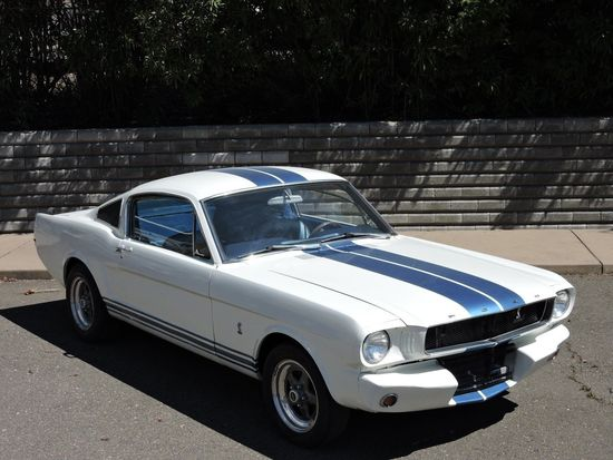 1965 Ford Mustang Fastback 302ci (Manual)