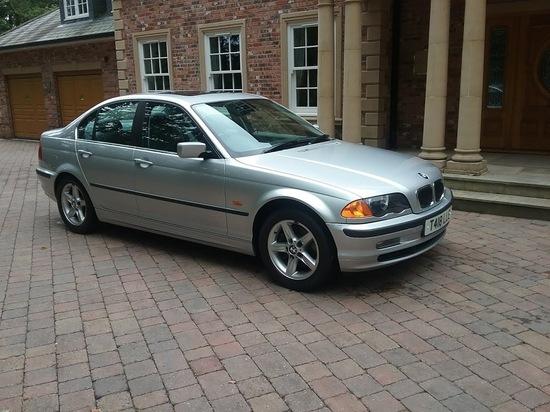 1999 BMW 328i Saloon (E46)