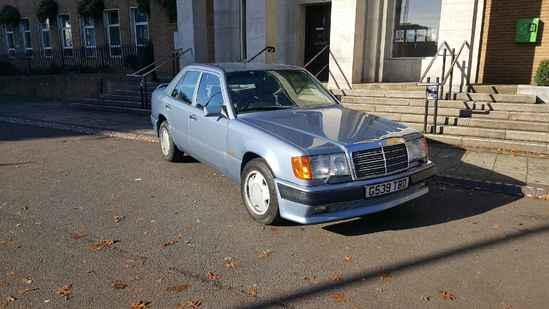 1990 Mercedes-Benz 300E (W124) Carat Duchatelet  4WD