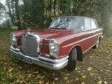 1965 Mercedes-Benz 220 Fintail (W111)