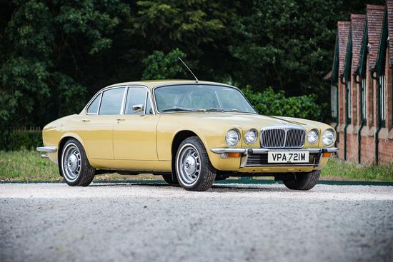 1974 Daimler Sovereign Series 2