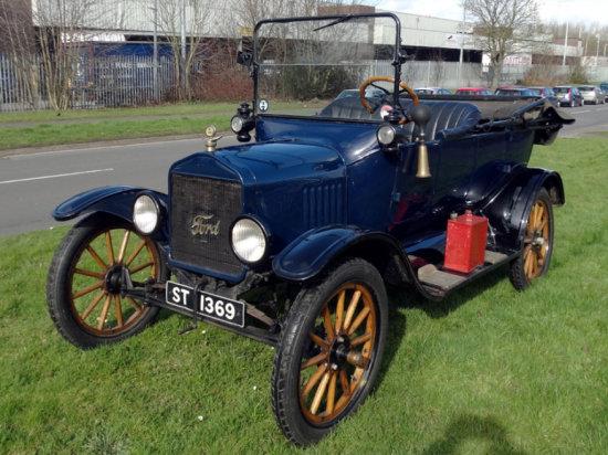 1919 Ford Model T Tourer