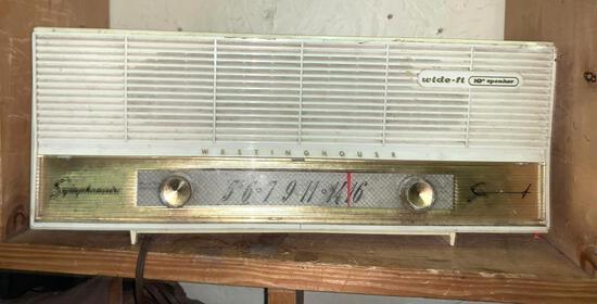 Vintage Symphonaire radio