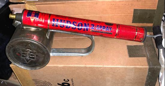 3 Hudson 2 Spray Continuous Sprayer